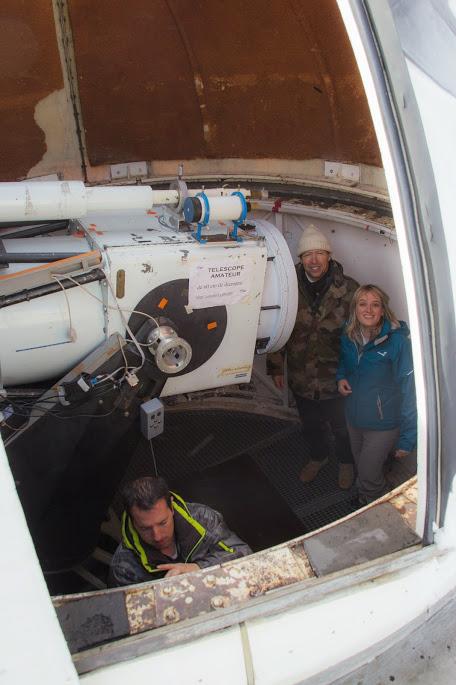 à l'intérieur de la coupole du T60 Nico Serge et Aurore