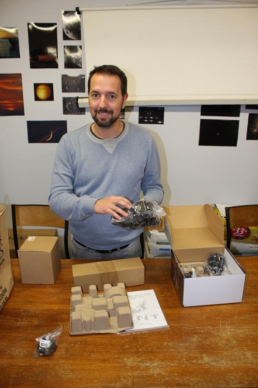 Nicolas déballe et assemble la nouvelle monture StarAdventurer